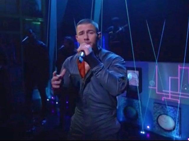 'SNL': Nick Jonas' 'Spaceman' Performance Took Viewers to the Cosmos Last Night