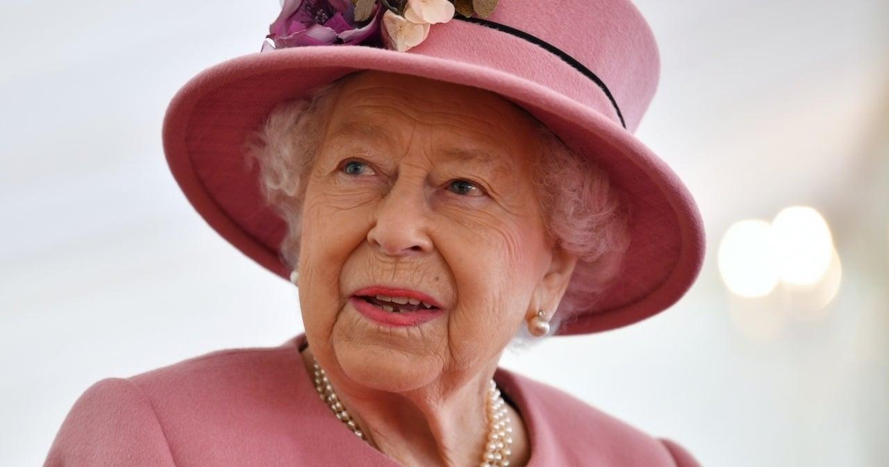 Queen Elizabeth Mocks G7 Leaders on Camera in Funny Moment.jpg
