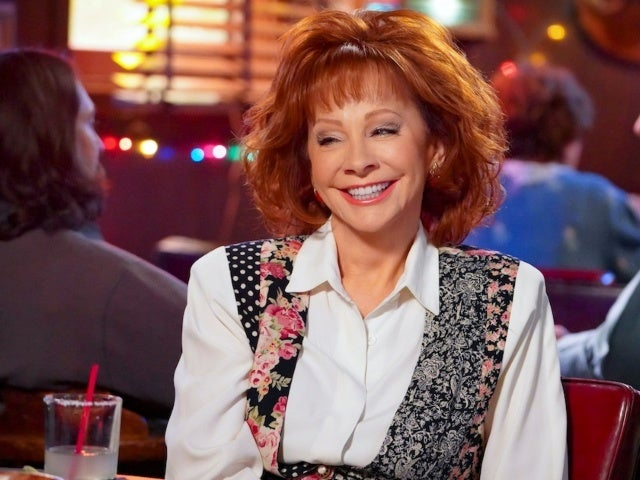 Reba McEntire Shares 'Young Sheldon' Behind-the-Scenes Photo Ahead of Her Guest Star Role
