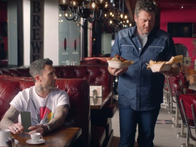 Blake Shelton, Gwen Stefani and Adam Levine Star in T-Mobile Super Bowl Commercial