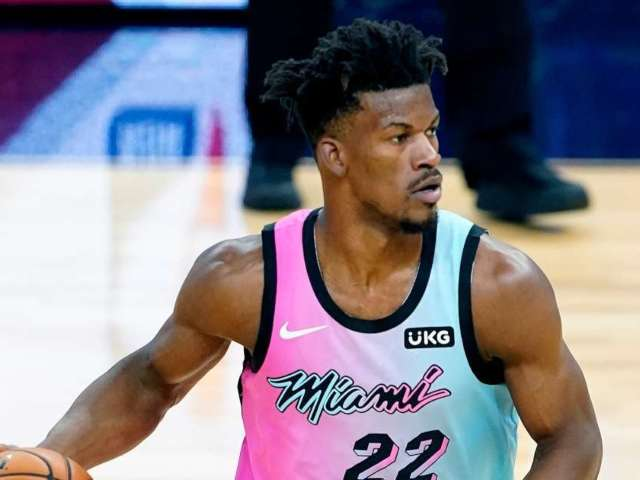 Taylor Swift Grades Miami Heat Star Jimmy Butler Dancing to Hit Song '22'