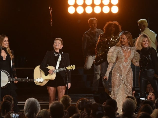 The Chicks Talk 'Kinship' With Beyonce While Reflecting on 'Daddy Lessons' Performance