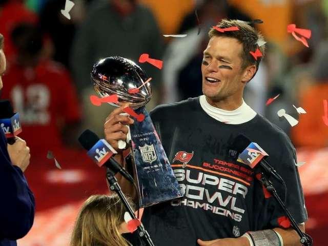 Tom Brady's Instagram Story Super Bowl Celebration Has Twitter Rolling
