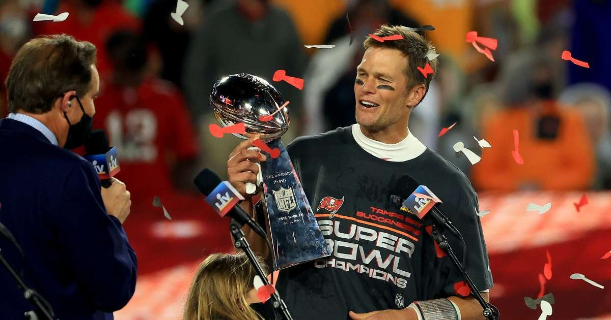 Tom Brady Instagram Story Super Bowl celebration Twitter rolling