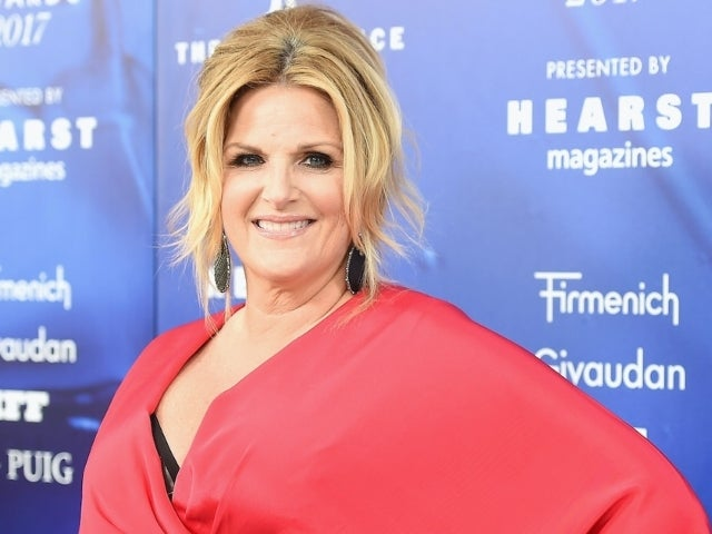 Trisha Yearwood's COVID-19 Diagnosis Has Fans Reaching Out