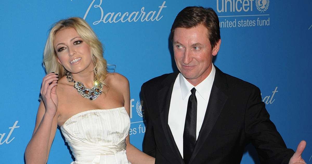 Wayne Gretzky joined daughter Paulina First Date Golfer Dustin Johnson