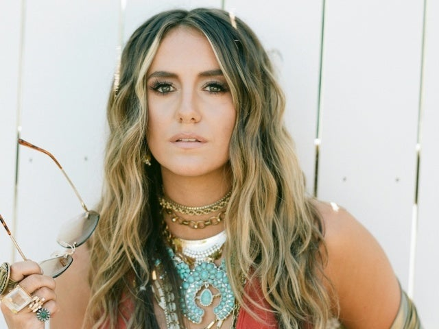 Lainey Wilson Introduces Bell-Bottom Country With Debut Album 'Sayin' What I'm Thinkin' (Exclusive)