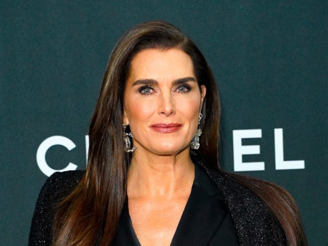 Brooke Shields Shares Photos of Recovery Following Multiple Surgeries