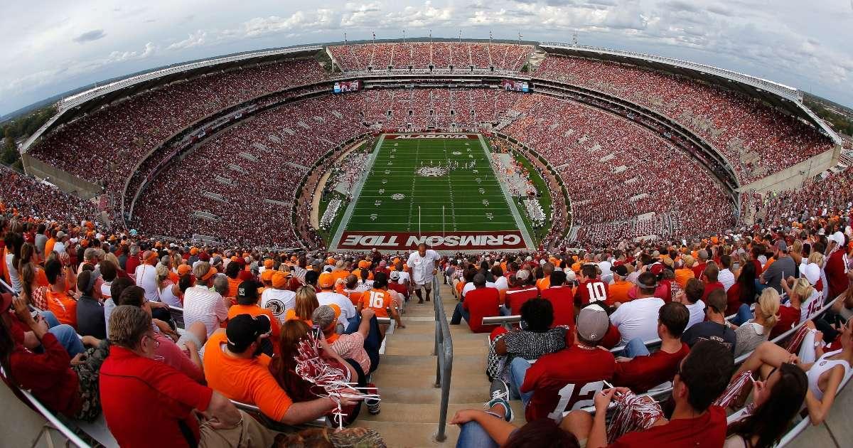 Alabama Crimson Tide Football to have Bryant-Denny Stadium full capacity next fall