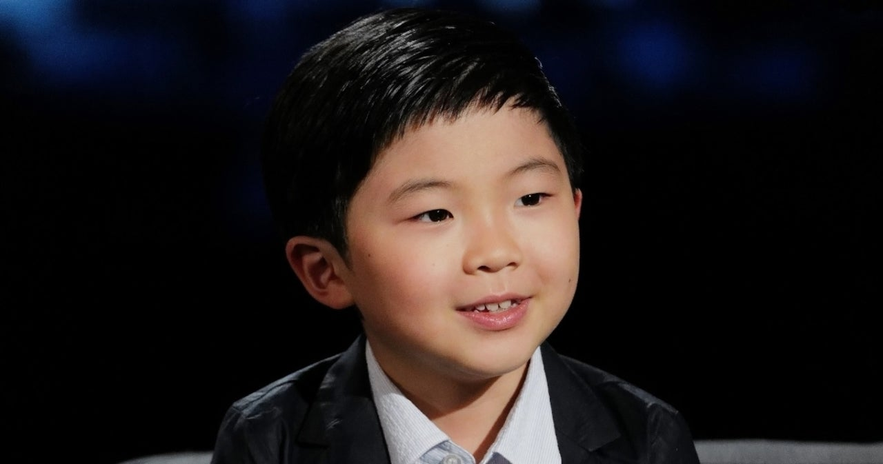 'Minari' Star Alan Kim Melts Hearts in Emotional Critics Choice Awards Acceptance Speech.jpg