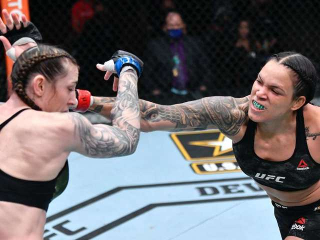 Ronda Rousey Slammed by UFC Fans After Amanda Nunes Continues to Dominate