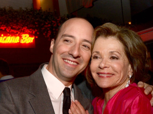 Jessica Walter Dead: Tony Hale Reacts to 'Arrested Development' Mother's Death