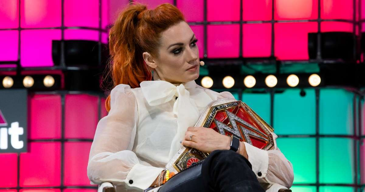 Becky Lynch posts emotional message father death