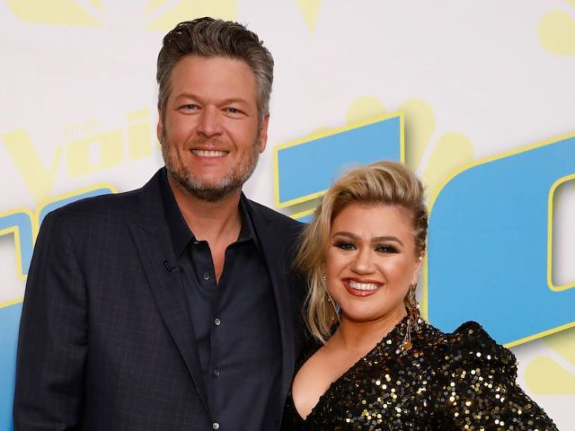 Blake Shelton Is Rumored to Be Taking Kelly Clarkson's Side in Her Divorce, But Here's the Truth