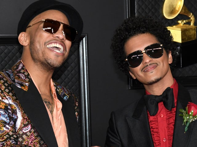Grammys 2021: Bruno Mars Returns With New Music / Reactions