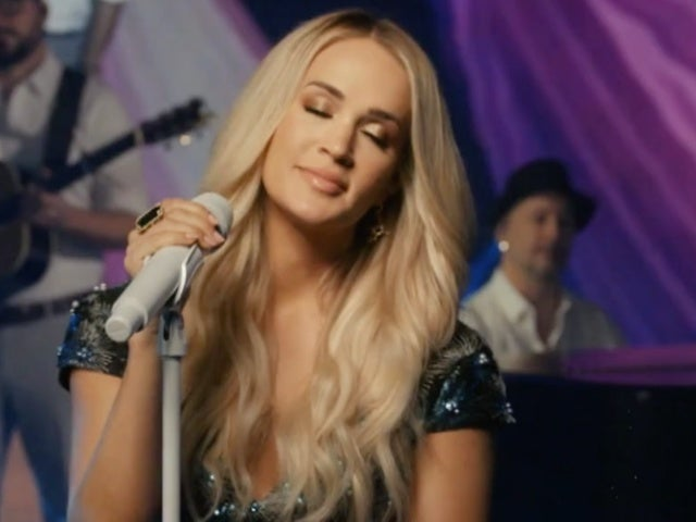 Carrie Underwood Performs 'Just As I Am' on 'Today'