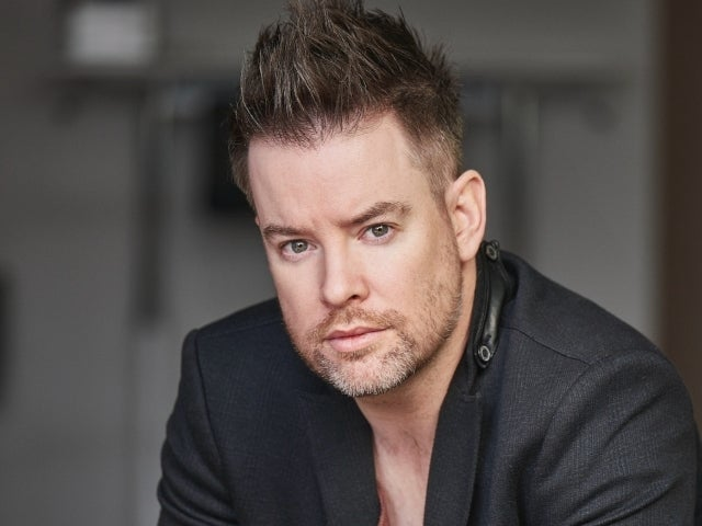 David Cook Ignites a 'Fire' With New Single off Upcoming EP 'The Looking Glass' (Exclusive)