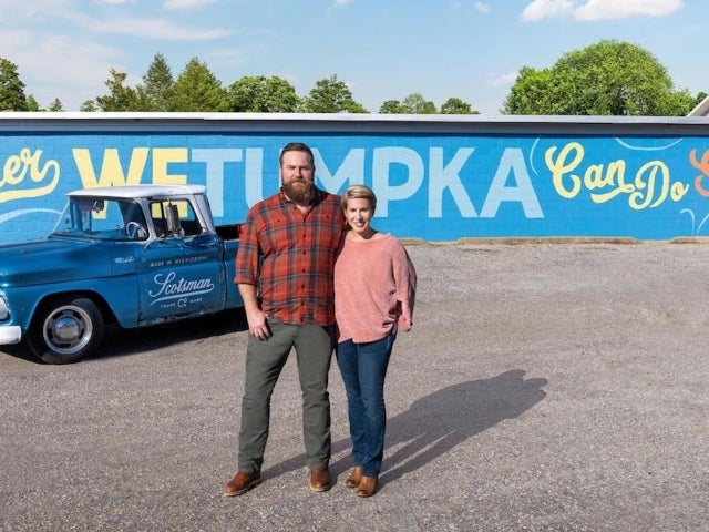 'Home Town' Stars Ben and Erin Napier Make Over Whole Town in New HGTV Series