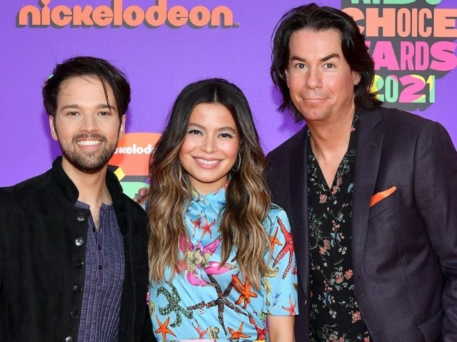 'iCarly' Reboot: Miranda Cosgrove Weighs in on Carly and Freddie's Romantic Future