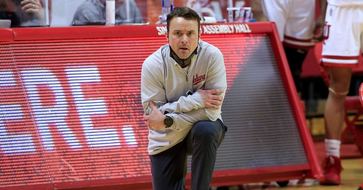 Indiana Hoosiers reportedly fire basketball coach