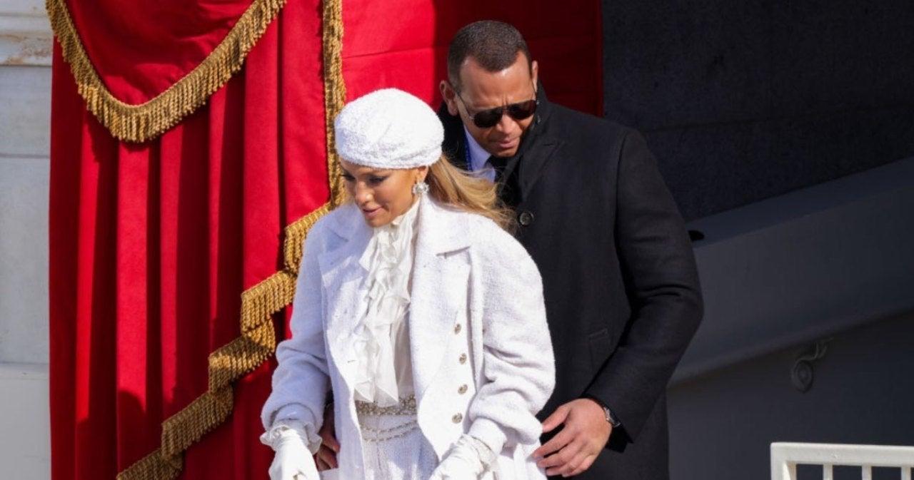 What Sparked Jennifer Lopez and Alex Rodriguez's Split?.jpg