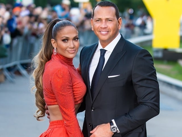 Jennifer Lopez and Alex Rodriguez's Confirmed Breakup Draws in Mixed Response From Fans