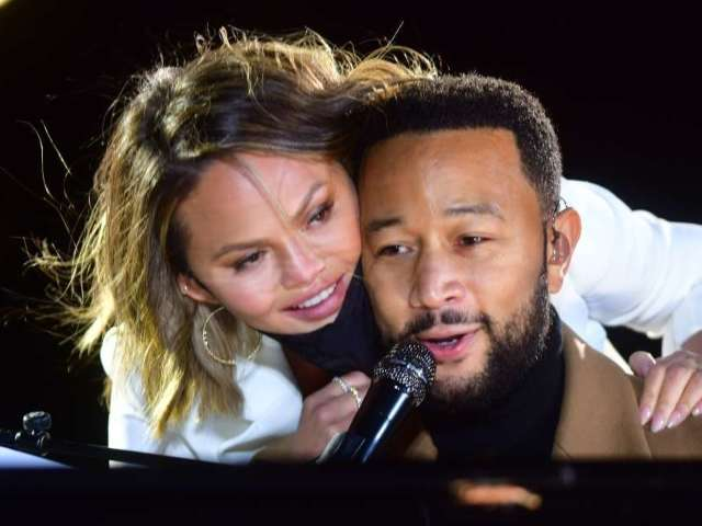 John Legend Angered Chrissy Teigen During His Grammy Awards Acceptance Speech