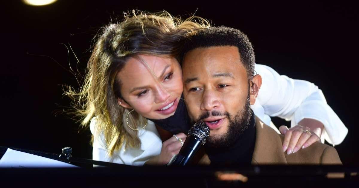 John Legend Angered Chrissy Teigen Grammy Awards acceptance speech