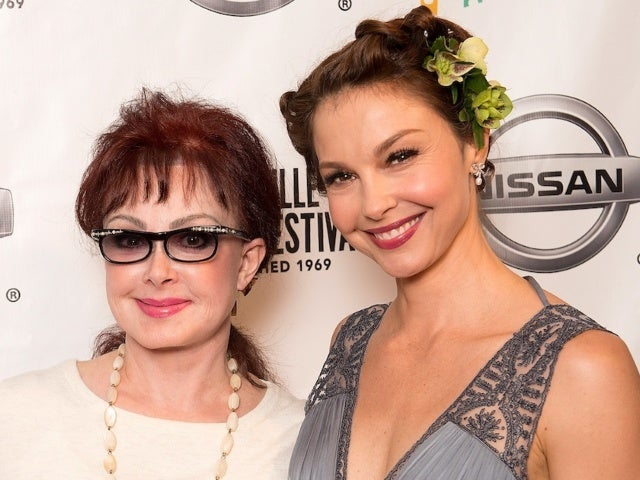 Naomi Judd Shares Update on Daughter Ashley Judd After Actress' Injury in Congo Forest