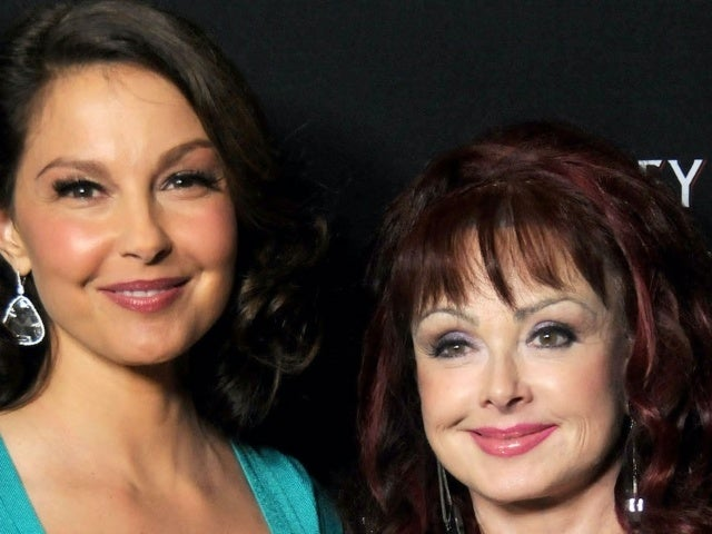 Naomi Judd Gives Health Update on 'Courageous' Daughter Ashley Judd Following 'Catastrophic' Accident in Congo