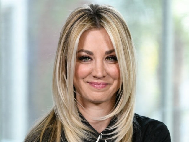 Kaley Cuoco Posts Hilariously Messy Photo After Golden Globes Loss