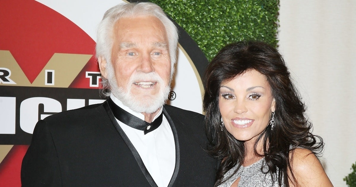 kenny rogers wanda rogers getty images