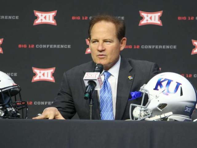 Les Miles Reaches Settlement With Kansas Jayhawks After Parting Ways With Team