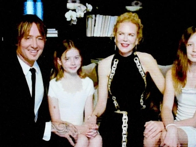 Nicole Kidman and Keith Urban Make Rare Golden Globes Appearance With Daughters