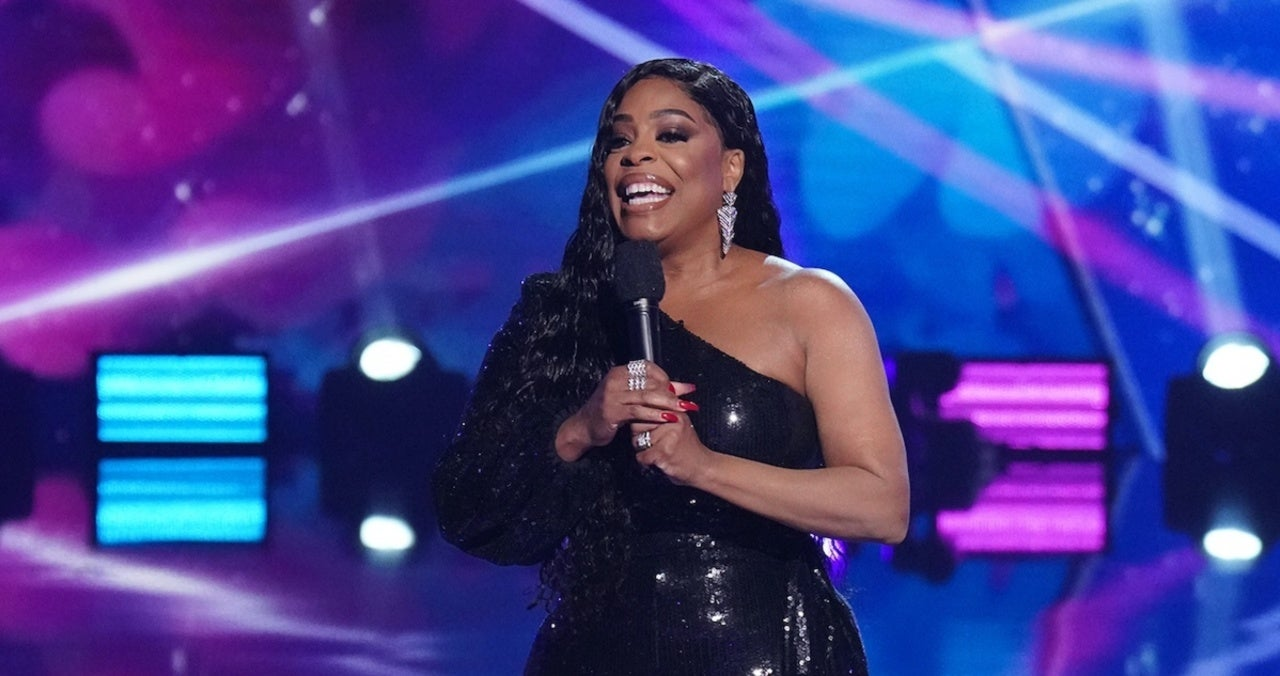 'The Masked Singer': Niecy Nash Reveals What It Was Really Like Hosting (Exclusive).jpg