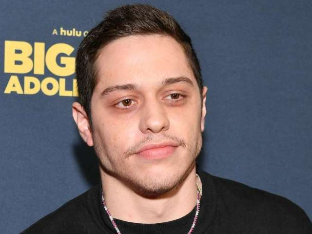 Pete Davidson to Call Major Boxing Match With Snoop Dogg