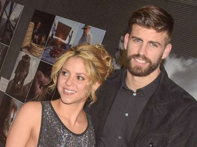 Shakira Fans Defend Her From Misogynistic Banner Ahead of Boyfriend Gerard Pique's Soccer Match