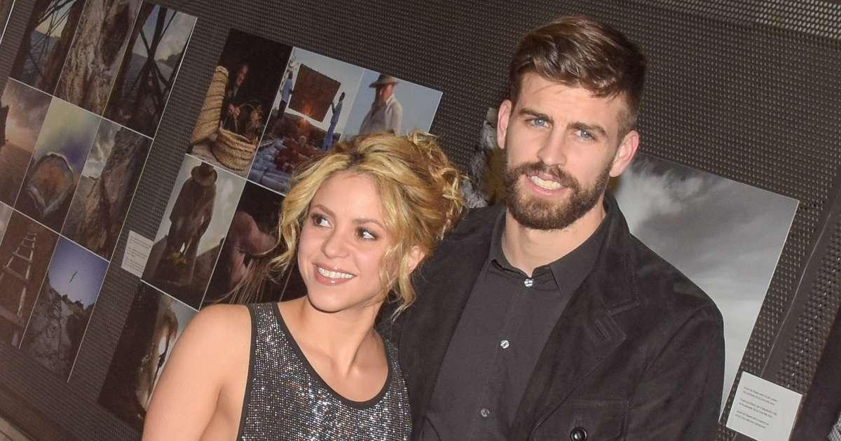 Shakira Fans defend misogynistic banner ahead boyfriend gerald pique soccer match