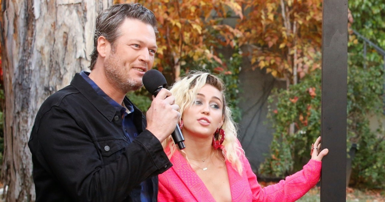 Blake Shelton Responds to Miley Cyrus' Offer to Perform at His and Gwen Stefani's Wedding.jpg