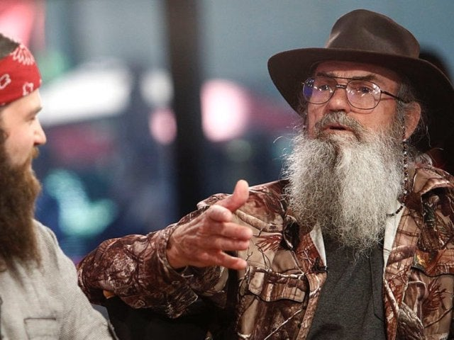 'Duck Dynasty' Fans Elated After Uncle Si Resurfaces on Sadie Robertson's Instagram