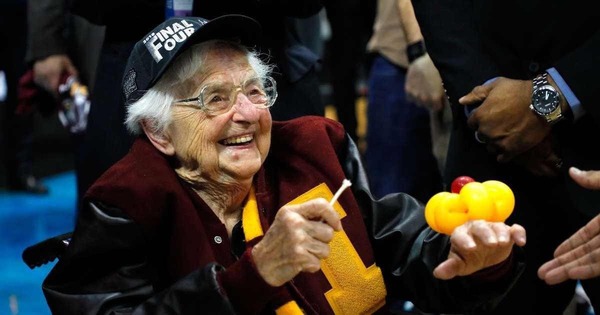 Sister Jean Loyola-Chicago chaplain return NCAA Tournament