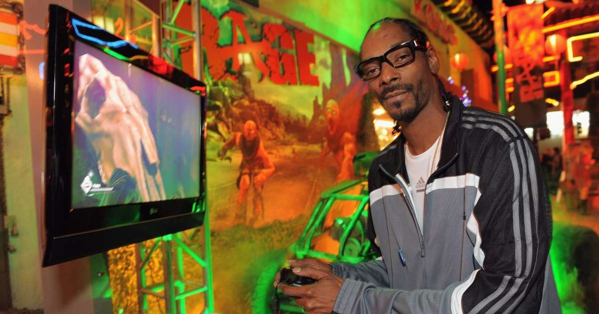 Snoop Dogg quits Twitch Madden 21 forgets turn off stream