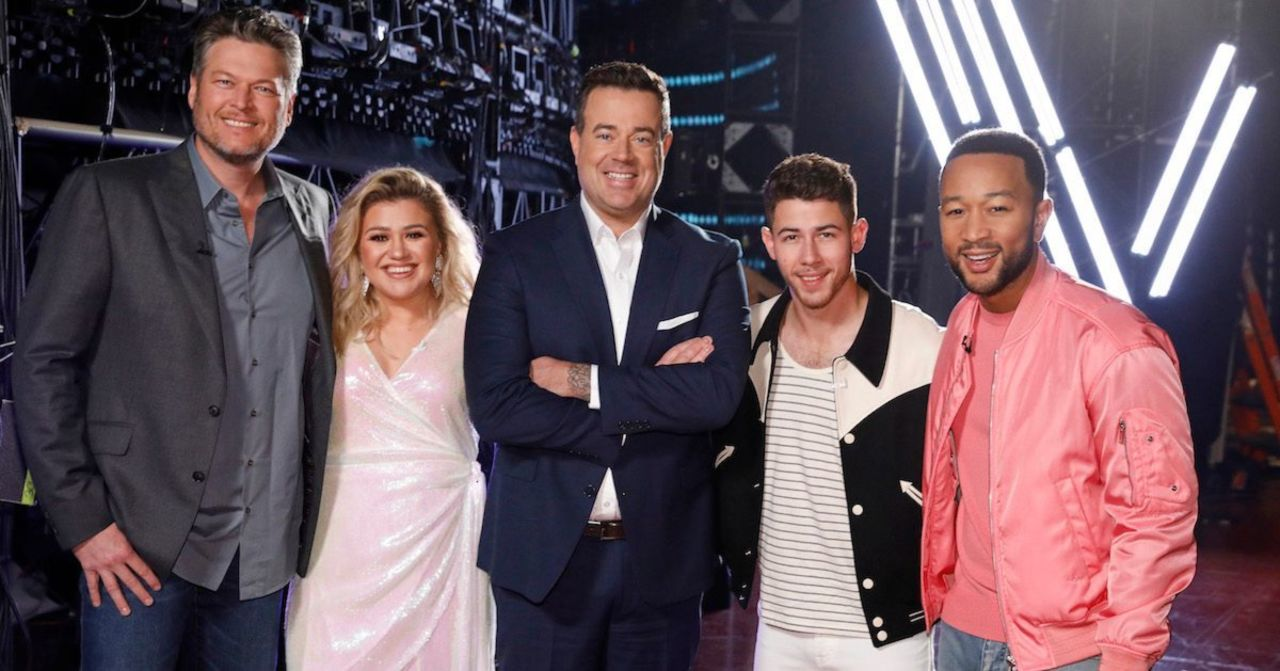 'The Voice': Kelly Clarkson Shares Blake Shelton and Carson Daly Prank Story Prior to Premiere.jpg