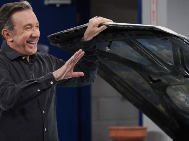 'Last Man Standing': Tim Allen Shares 'Family' Photo After Wrapping Series Finale