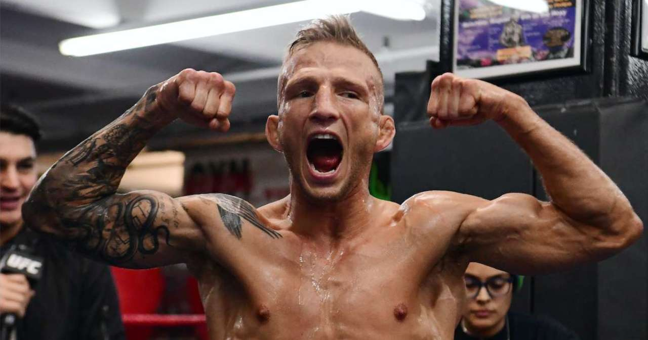 TJ Dillashaw Calls Aljamain Sterling an 'Actor,' But the Champ Isn't Having It.jpg