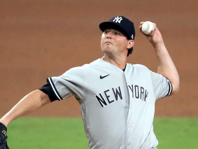 Yankees' Zack Britton Reveals Massive Weight Loss Amid COVID-19 Battle