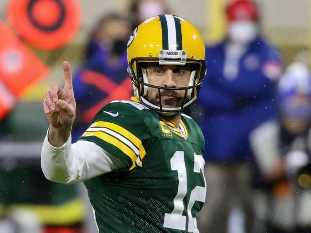 Aaron Rodgers: The 7 Teams That Should Trade for Packers QB