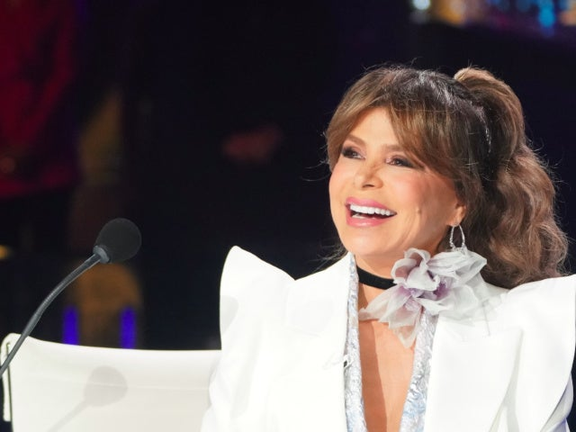 Paula Abdul Has Backhanded Compliment for Simon Cowell in 'American Idol' Return