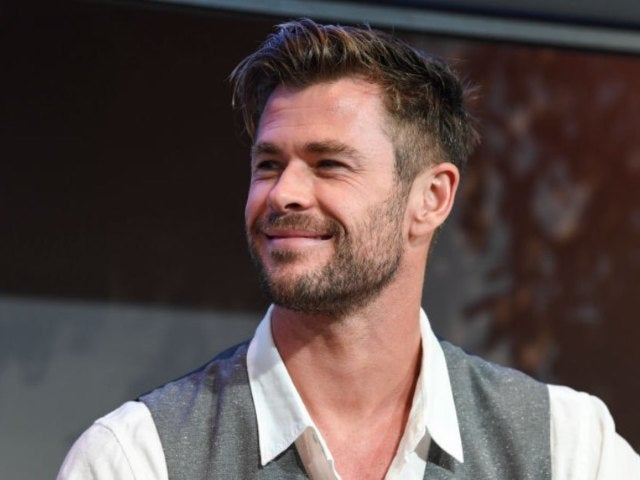 Chris Hemsworth's Fit Physique in New Photo Is Driving Social Media Wild