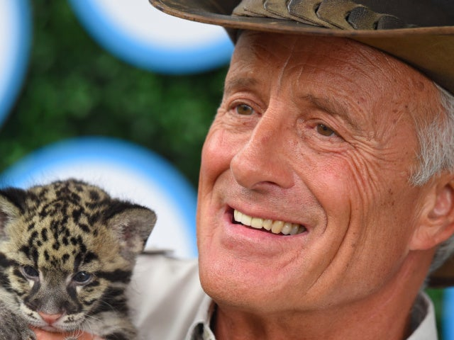 Jack Hanna, Famed Zookeeper, to Retire at 74 After Dementia Diagnosis